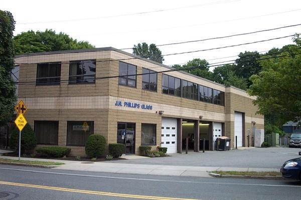 351 North Ave, Wakefield, MA 01880 (MLS #72273846) :: Kadilak Realty Group at Keller Williams Realty Boston Northwest