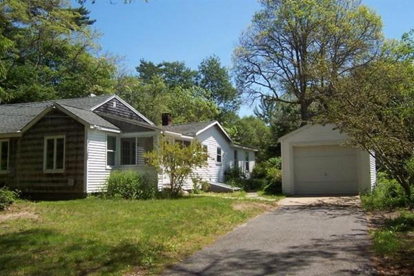 96 Camp Opechee Rd, Barnstable, MA 02632 (MLS #72274347) :: Goodrich Residential