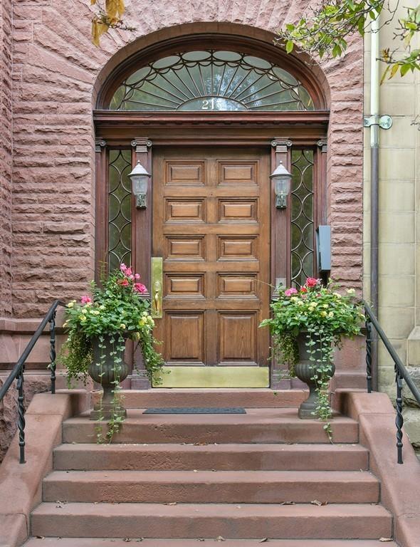 215 Commonwealth #6, Boston, MA 02116 (MLS #72275343) :: Charlesgate Realty Group