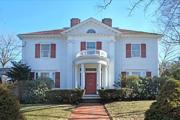 4 Hillside Avenue, Winchester, MA 01890 (MLS #72275530) :: Kadilak Realty Group at Keller Williams Realty Boston Northwest