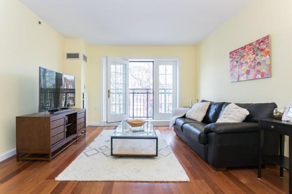 300 Allston St #215, Boston, MA 02135 (MLS #72278777) :: Goodrich Residential