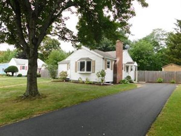 34 Jonquil Drive, Springfield, MA 01119 (MLS #72279633) :: Hergenrother Realty Group