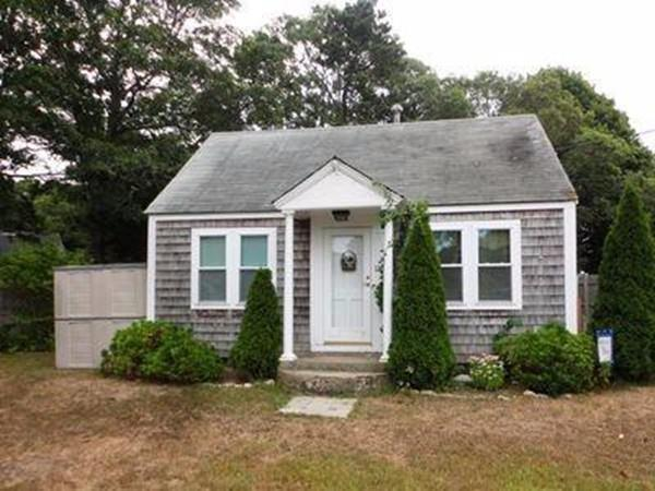 120 Bearses Way, Barnstable, MA 02601 (MLS #72281052) :: Goodrich Residential