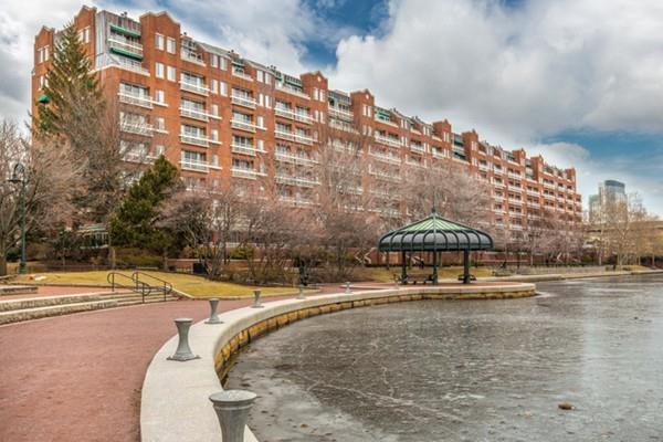 4 Canal Park Ph1, Cambridge, MA 02141 (MLS #72281347) :: Lauren Holleran & Team