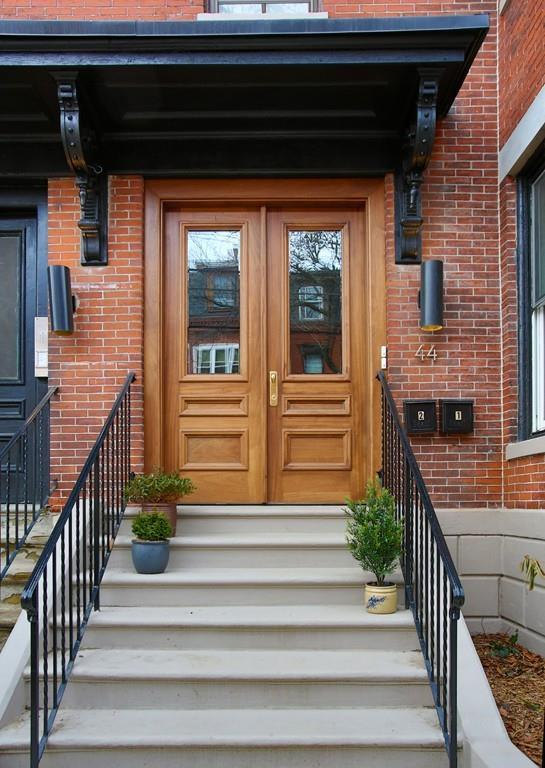 44 Florence Street #1, Somerville, MA 02145 (MLS #72281691) :: Hergenrother Realty Group