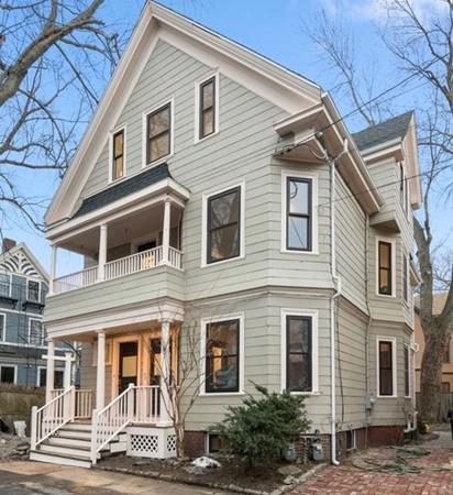 12 Sycamore Street #12, Cambridge, MA 02140 (MLS #72282752) :: Charlesgate Realty Group