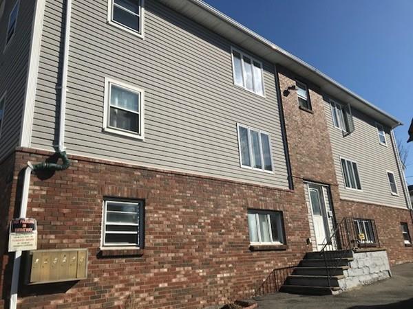 243 Robeson St #5, Fall River, MA 02720 (MLS #72285435) :: Westcott Properties