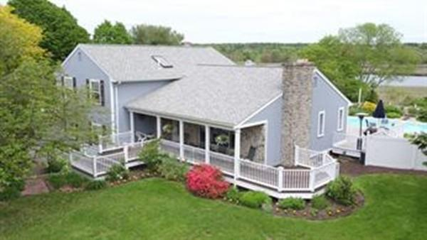 33 Fallon Drive, Westport, MA 02790 (MLS #72289062) :: Welchman Real Estate Group | Keller Williams Luxury International Division