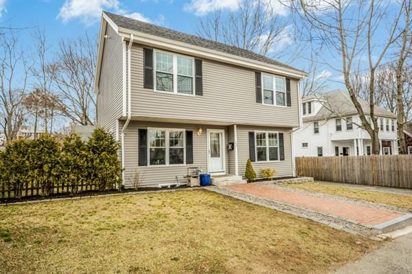 42 Bingham Ave, Dedham, MA 02026 (MLS #72290896) :: Lauren Holleran & Team