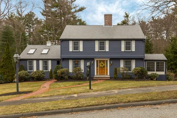 40 Chatham Way, Lynnfield, MA 01940 (MLS #72291027) :: Commonwealth Standard Realty Co.