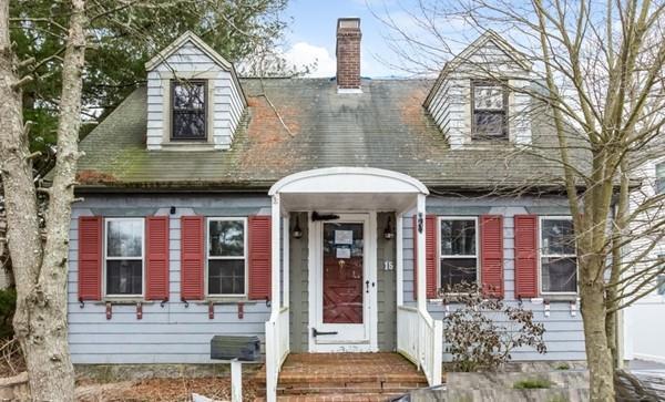 15 Robert St, Dartmouth, MA 02747 (MLS #72292753) :: Welchman Real Estate Group | Keller Williams Luxury International Division