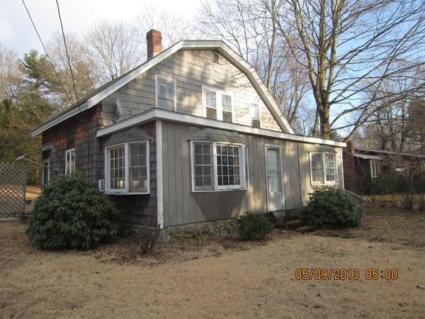 32 Lakeview Road, Foxboro, MA 02035 (MLS #72293209) :: ALANTE Real Estate