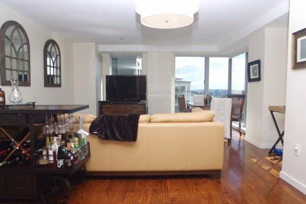 80 Broad #1004, Boston, MA 02110 (MLS #72293268) :: Goodrich Residential