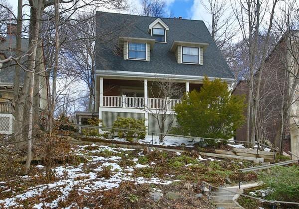41 Westbourne Terrace, Brookline, MA 02446 (MLS #72293609) :: Goodrich Residential