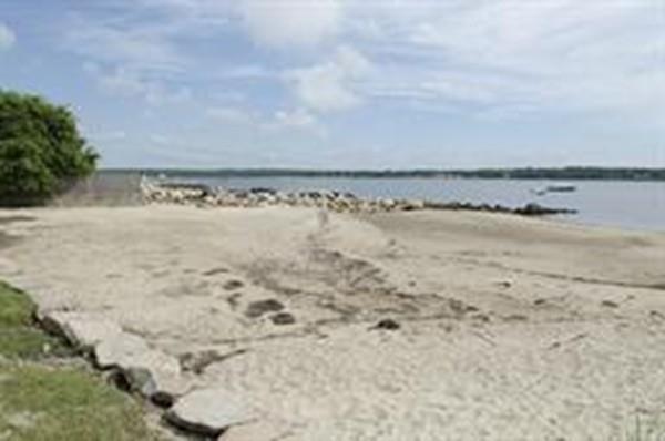 23 Shore Dr, Mattapoisett, MA 02739 (MLS #72295700) :: The Gillach Group