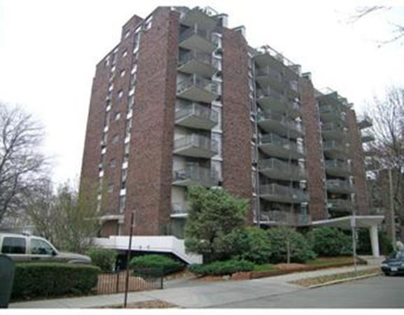 19 Winchester Street #403, Brookline, MA 02446 (MLS #72297897) :: Westcott Properties