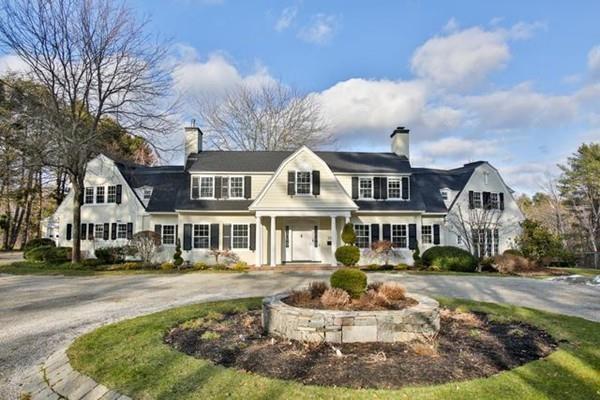300 Highland St, Milton, MA 02186 (MLS #72304210) :: Goodrich Residential