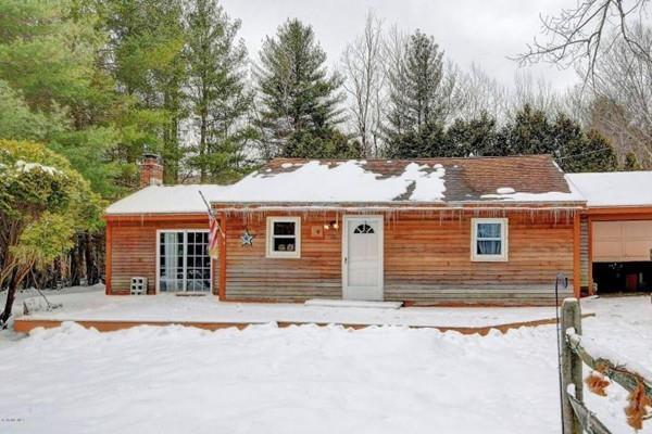 76 Shawnee Shore, Becket, MA 01223 (MLS #72307569) :: Local Property Shop