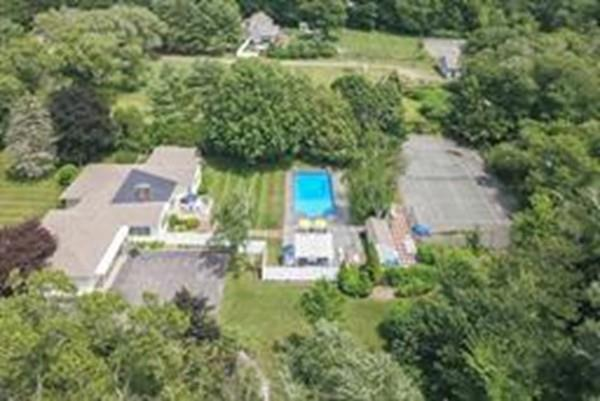 115 Prospect St, Hingham, MA 02043 (MLS #72309176) :: Welchman Real Estate Group | Keller Williams Luxury International Division