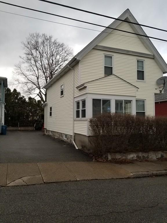 119 Weare St, Lawrence, MA 01843 (MLS #72310095) :: The Muncey Group