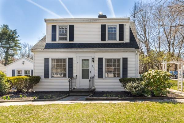 244 South St, Holbrook, MA 02343 (MLS #72314852) :: Keller Williams Realty Showcase Properties