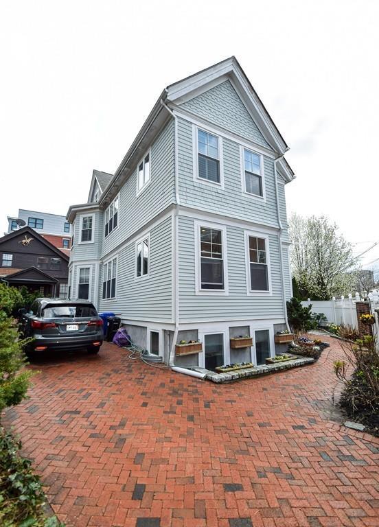 51A Sewall Ave #0, Brookline, MA 02446 (MLS #72317657) :: Goodrich Residential