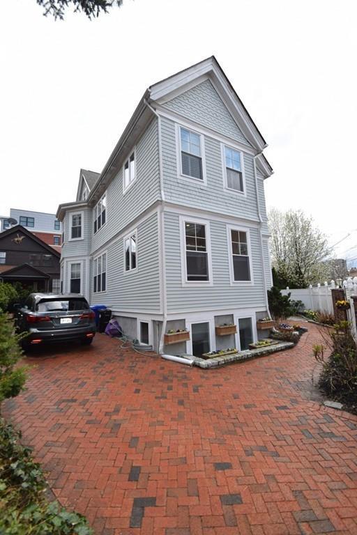51A Sewall Ave #0, Brookline, MA 02446 (MLS #72319468) :: Goodrich Residential