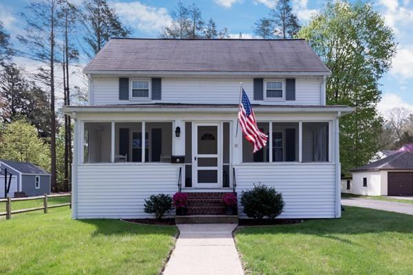 63 Rhoades Ave, Walpole, MA 02032 (MLS #72322512) :: Welchman Real Estate Group | Keller Williams Luxury International Division