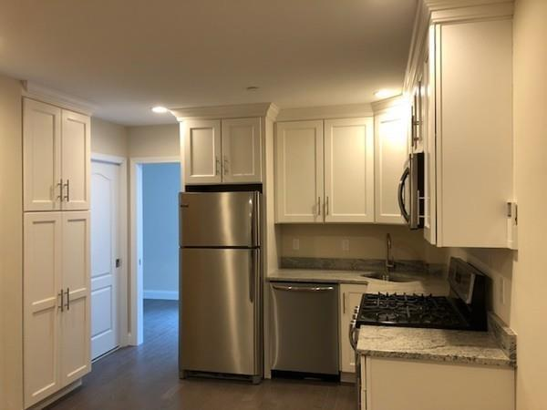 3 Stillman Pl, Boston, MA 02113 (MLS #72322902) :: Goodrich Residential