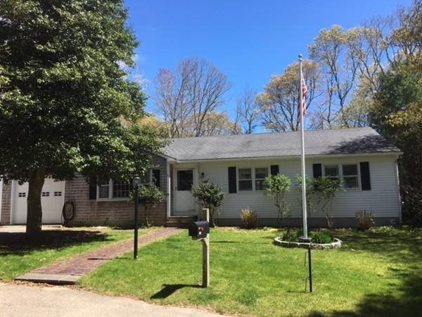 175 Acorn, Barnstable, MA 02655 (MLS #72326498) :: ALANTE Real Estate