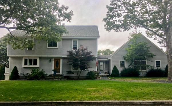 61 Grouse Lane, Yarmouth, MA 02673 (MLS #72326923) :: Welchman Real Estate Group | Keller Williams Luxury International Division