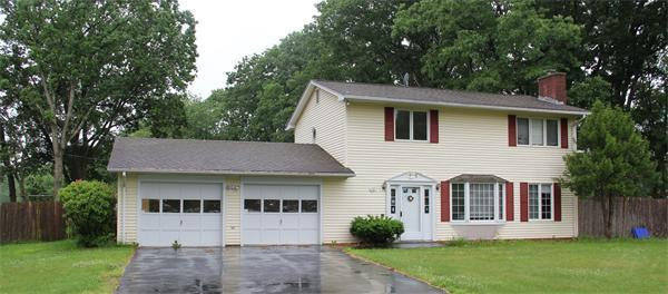132 Davis St, Northborough, MA 01532 (MLS #72328051) :: Hergenrother Realty Group