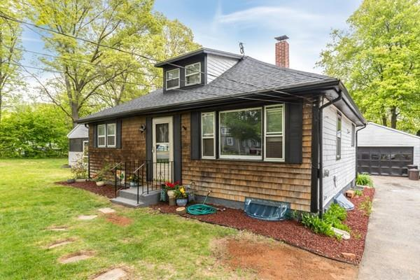 64 Adamsdale Ave, Attleboro, MA 02703 (MLS #72328062) :: ALANTE Real Estate