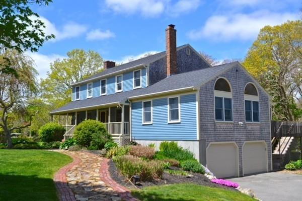 586 Old Westport Road, Dartmouth, MA 02747 (MLS #72328864) :: Welchman Real Estate Group   Keller Williams Luxury International Division