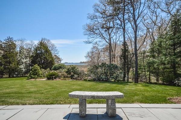547 Main St, Barnstable, MA 02655 (MLS #72329251) :: ALANTE Real Estate