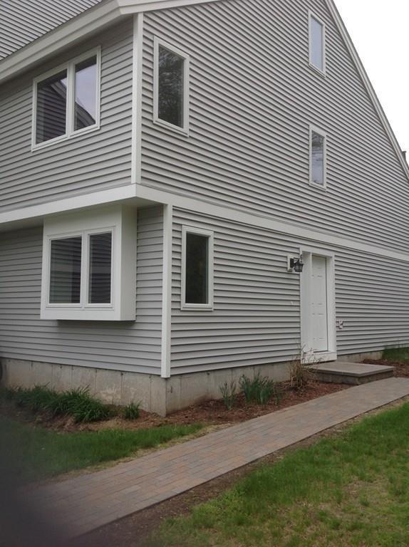 62 Meadow Pond Dr E, Leominster, MA 01453 (MLS #72331656) :: The Home Negotiators
