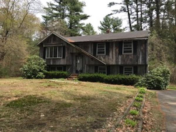 19 Wood St, Middleboro, MA 02346 (MLS #72332589) :: ALANTE Real Estate