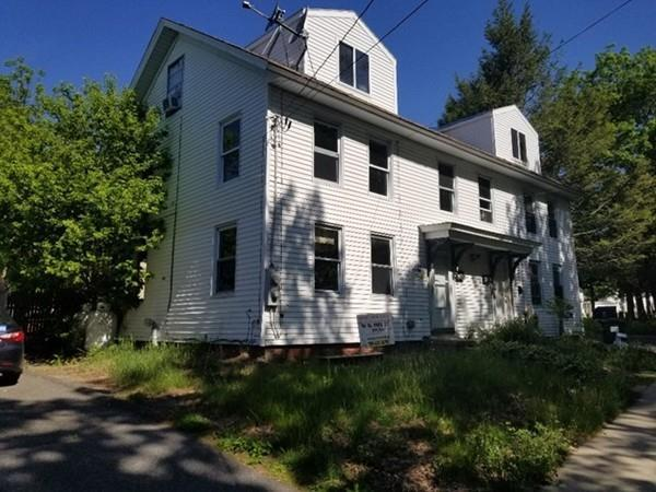 44 Park St, Ware, MA 01082 (MLS #72333848) :: Driggin Realty Group