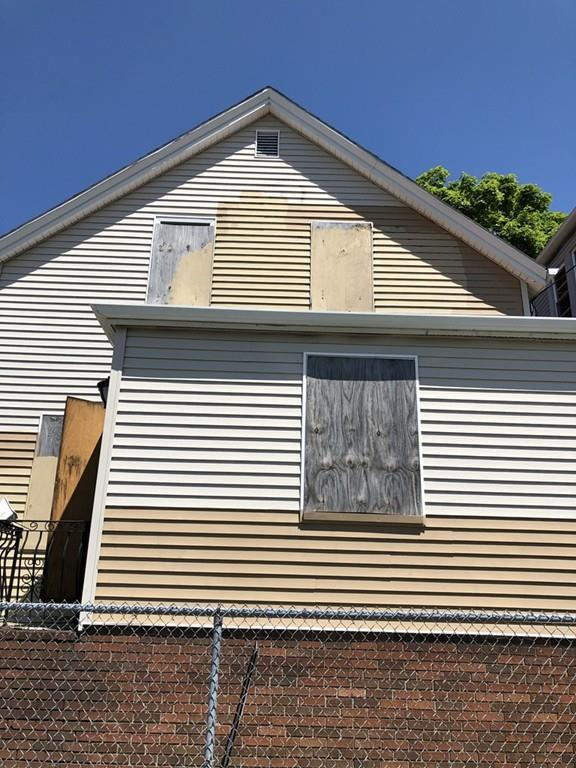 63 Washburn St, New Bedford, MA 02740 (MLS #72334175) :: Anytime Realty