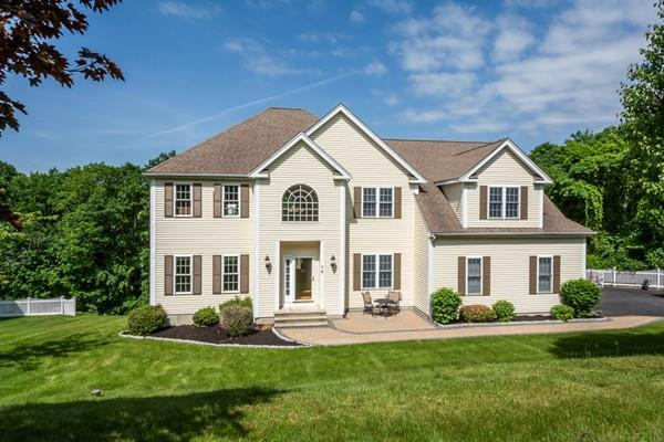 16 Glen Rd., Hopkinton, MA 01748 (MLS #72336460) :: Compass Massachusetts LLC