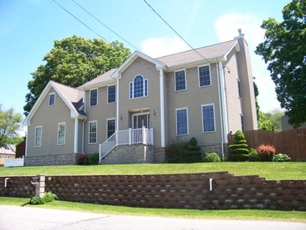 21 Ryder St, Dartmouth, MA 02747 (MLS #72342367) :: Vanguard Realty
