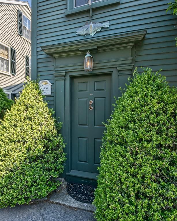 18 Franklin Street, Marblehead, MA 01945 (MLS #72344586) :: Driggin Realty Group
