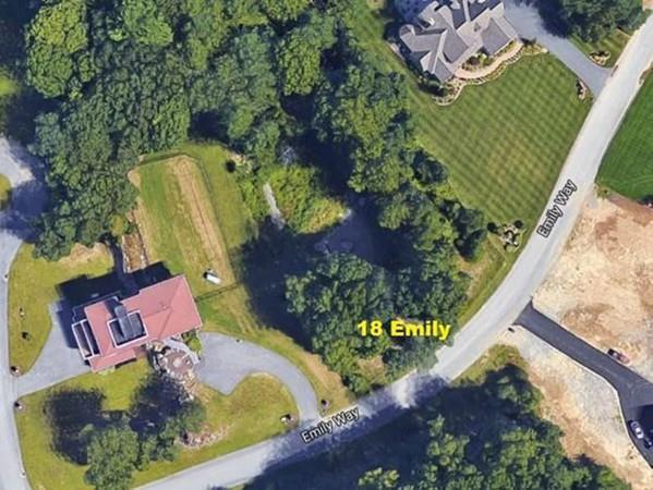18 Emily Way, Seekonk, MA 02771 (MLS #72347226) :: Commonwealth Standard Realty Co.