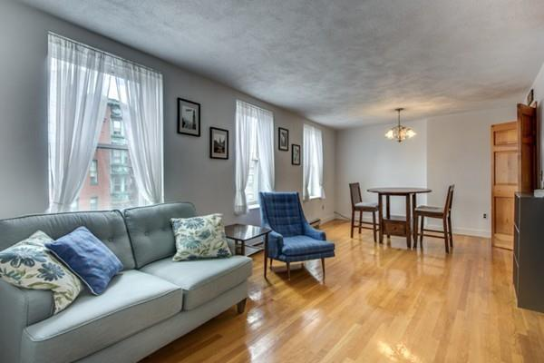 16 North Square #4, Boston, MA 02113 (MLS #72347741) :: Commonwealth Standard Realty Co.