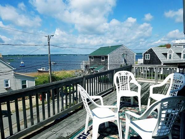 12 Harbor Street, Newburyport, MA 01950 (MLS #72347753) :: Mission Realty Advisors