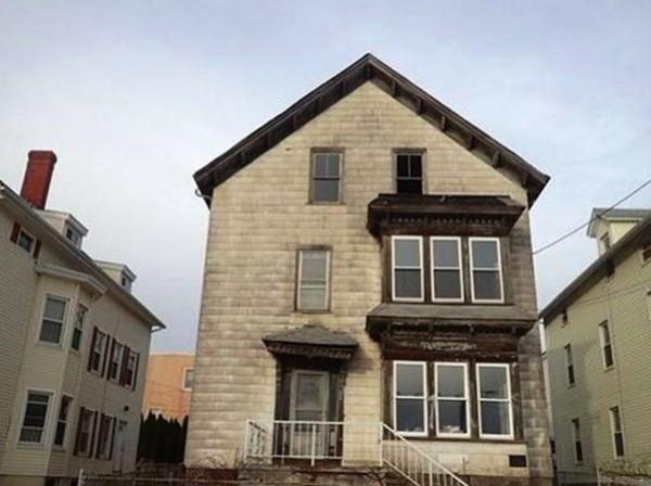 344 Bank St, Fall River, MA 02720 (MLS #72348020) :: Driggin Realty Group