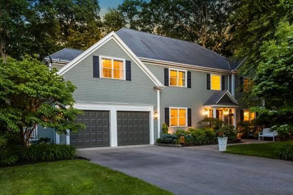 65 Croton St, Wellesley, MA 02481 (MLS #72348315) :: Apple Country Team of Keller Williams Realty
