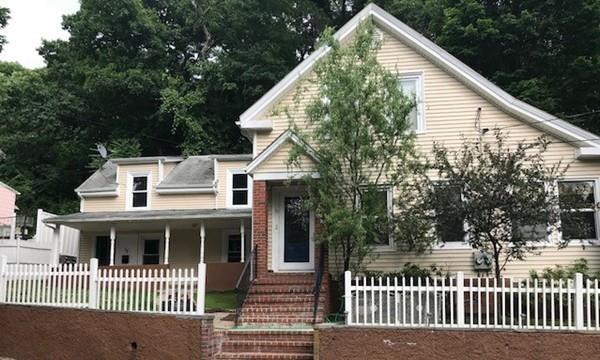 15 Crescent Lane, Malden, MA 02148 (MLS #72350003) :: Driggin Realty Group
