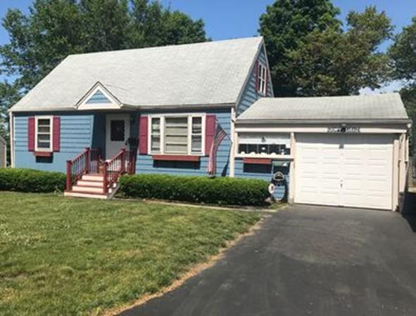 87 Virginia Ave, Lowell, MA 01852 (MLS #72350221) :: Apple Country Team of Keller Williams Realty