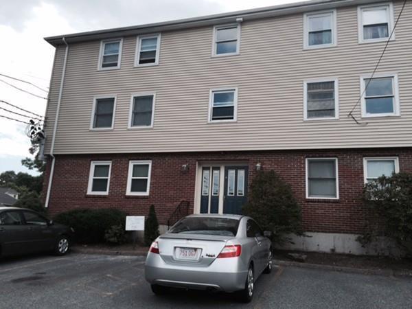 25 Rockland Street #4, Boston, MA 02132 (MLS #72350982) :: Goodrich Residential